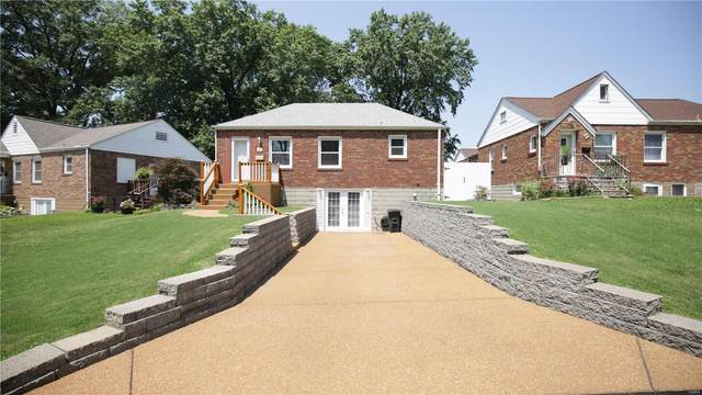93 Lemay Gardens, St Louis, MO 63125 (#21053079) :: Kelly Hager Group   TdD Premier Real Estate
