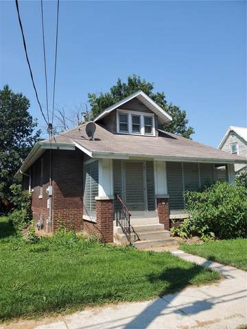 712 Union Avenue, Belleville, IL 62220 (#21053196) :: The Becky O'Neill Power Home Selling Team