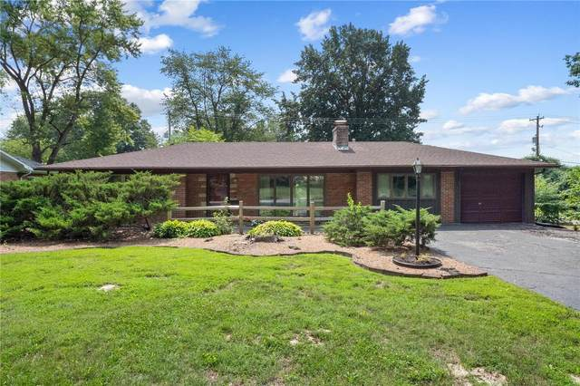 130 Cresthaven Drive, Belleville, IL 62221 (#21053510) :: The Becky O'Neill Power Home Selling Team