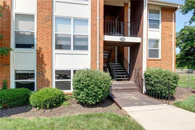 1929 Greenpoint Drive #202, St Louis, MO 63122 (#21053880) :: Clarity Street Realty