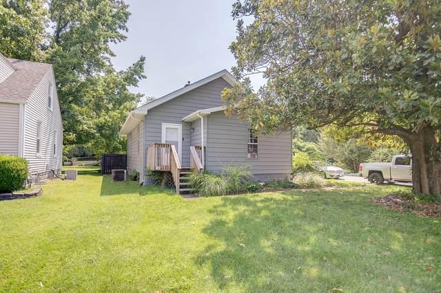 552 Saint Clair St, Fairview Heights, IL 62208 (#21054020) :: Century 21 Advantage