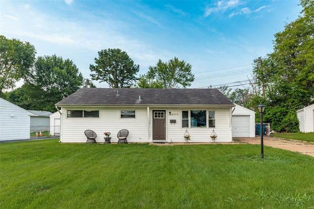 4372 Hannover Court, St Louis, MO 63123 (#21054077) :: PalmerHouse Properties LLC