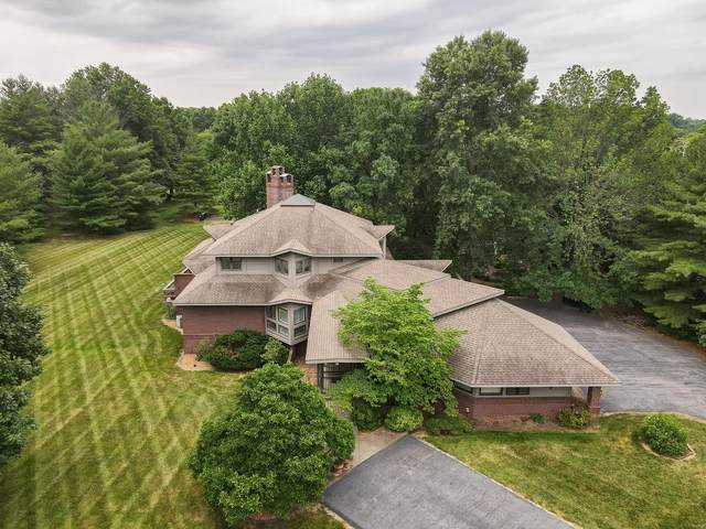 2 Lashley Estates Drive, Belleville, IL 62226 (#21054096) :: The Becky O'Neill Power Home Selling Team