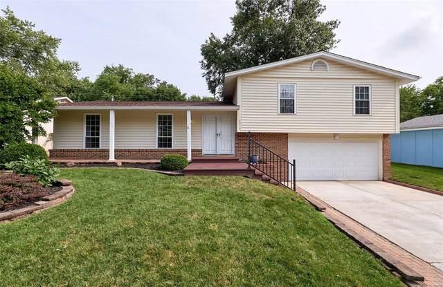 3015 Willowwood Dr, Saint Charles, MO 63303 (#21054399) :: Jenna Davis Homes LLC