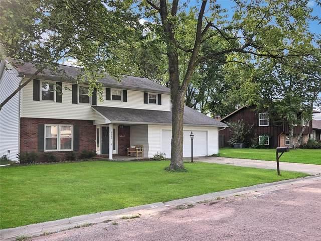 3305 Saratoga Drive, Belleville, IL 62221 (#21054632) :: Century 21 Advantage
