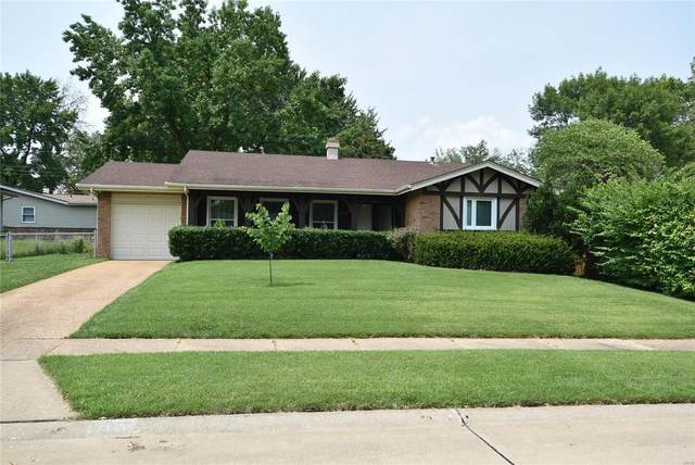 2379 Urbandale Drive, Florissant, MO 63031 (#21054818) :: The Becky O'Neill Power Home Selling Team