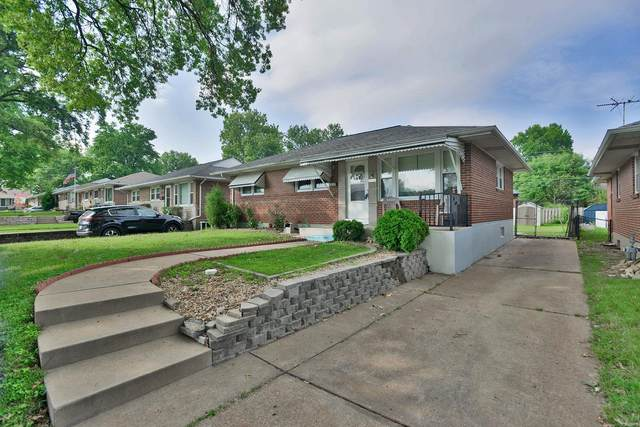 3939 French Court, St Louis, MO 63116 (#21054921) :: RE/MAX Vision