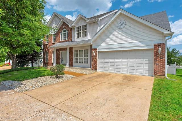879 Forder Crossing, Unincorporated, MO 63129 (#21054924) :: Terry Gannon | Re/Max Results
