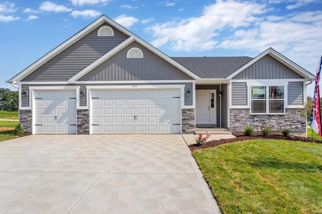 215 West Pine Creek Court, Wentzville, MO 63385 (#21054954) :: Kelly Hager Group | TdD Premier Real Estate
