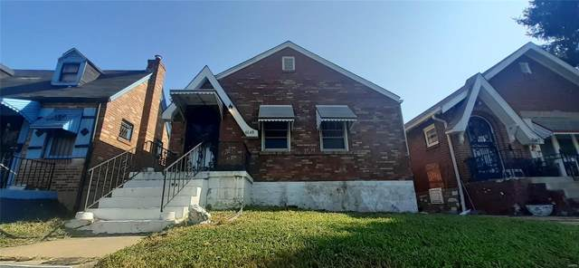 6149 Laura Avenue, St Louis, MO 63136 (#21055082) :: Kelly Hager Group | TdD Premier Real Estate