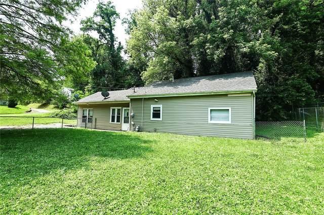 320 Twin, Caseyville, IL 62232 (#21055086) :: Clarity Street Realty