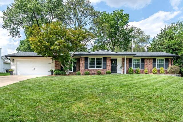 12147 Land O Lakes Drive, St Louis, MO 63146 (#21055305) :: Terry Gannon | Re/Max Results