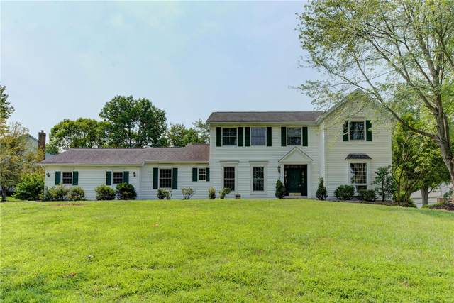 17136 Chaise Ridge Road, Chesterfield, MO 63005 (#21055326) :: Terry Gannon | Re/Max Results