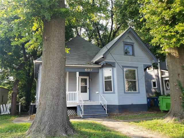 607 Burroughs Avenue, Collinsville, IL 62234 (#21055339) :: Parson Realty Group