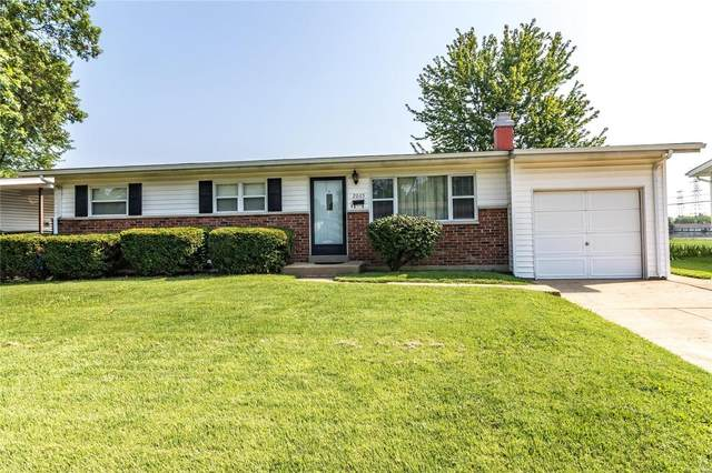 2065 Flamingo, Florissant, MO 63031 (#21055394) :: Kelly Hager Group   TdD Premier Real Estate