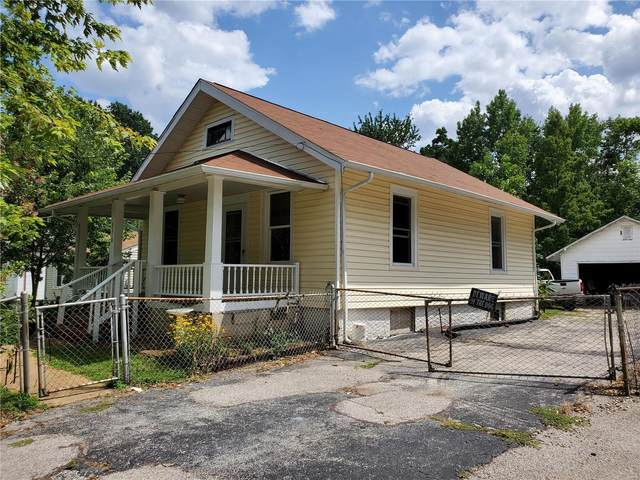 9518 Holtwood, St Louis, MO 63114 (#21055560) :: Terry Gannon | Re/Max Results