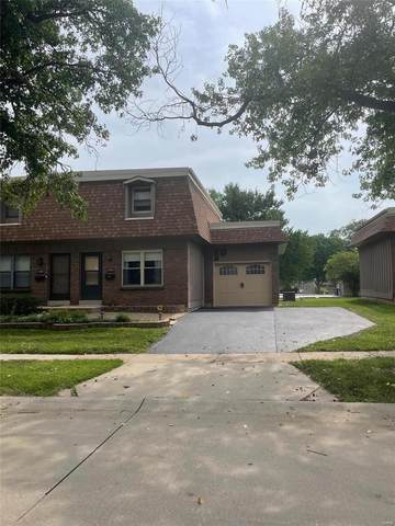 2386 Charlemagne Drive, Maryland Heights, MO 63043 (#21055674) :: Terry Gannon   Re/Max Results
