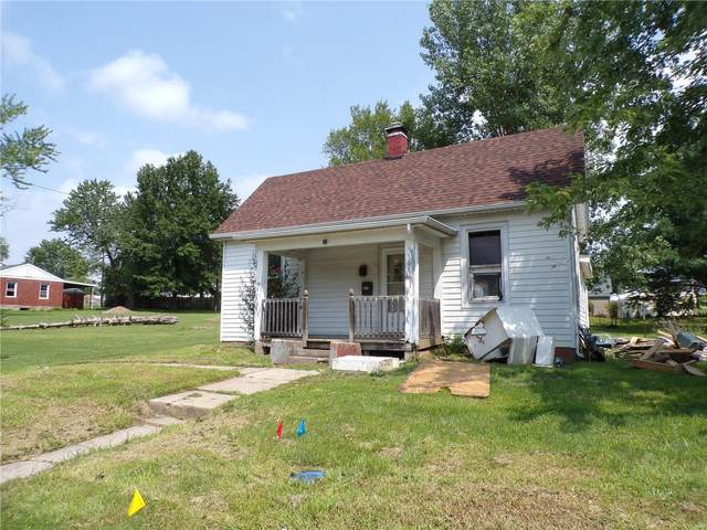3106 Rendlen Ave, Hannibal, MO 63401 (#21056152) :: The Becky O'Neill Power Home Selling Team
