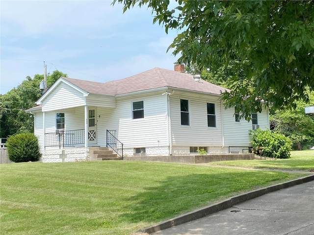 400 Avery Hill, Belleville, IL 62223 (#21056376) :: The Becky O'Neill Power Home Selling Team