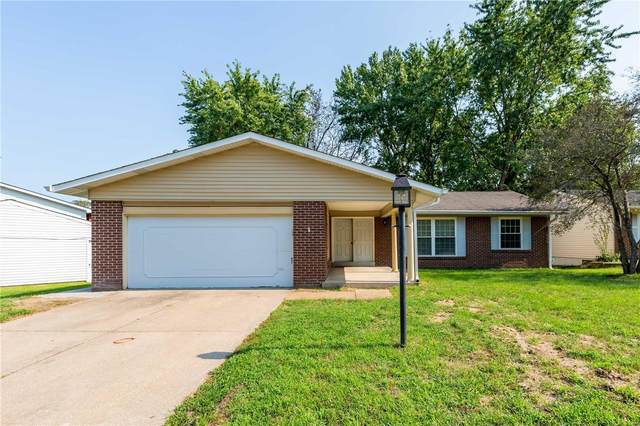 12738 Saddlemaker Court, Maryland Heights, MO 63043 (#21057005) :: Terry Gannon | Re/Max Results