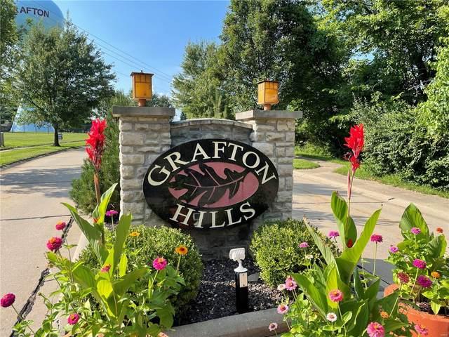 98 Lot #98 Grafton Hills Drive, Grafton, IL 62037 (#21057042) :: Terry Gannon | Re/Max Results