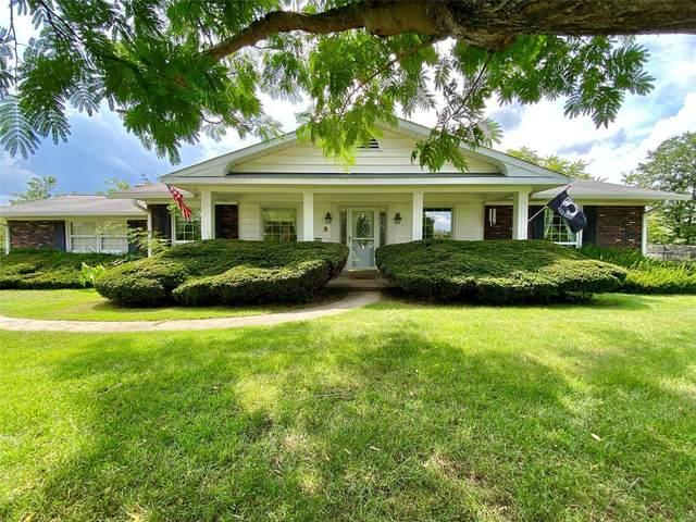 1686 Hillcrest Drive, De Soto, MO 63020 (#21057128) :: Parson Realty Group