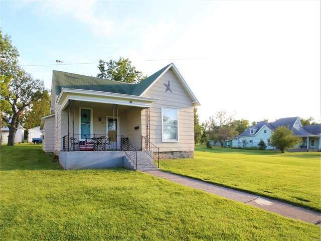 529 W Locust Street, Paris, MO 65275 (#21057243) :: The Becky O'Neill Power Home Selling Team