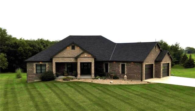 5489 Wood Ridge, Hannibal, MO 63401 (#21058105) :: The Becky O'Neill Power Home Selling Team