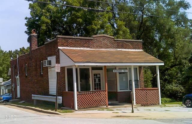 2800 Hillcrest Avenue, Alton, IL 62002 (#21058251) :: Friend Real Estate
