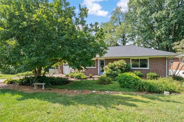 801 Sudbury Drive, Clayton, MO 63105 (#21059535) :: Jenna Davis Homes LLC