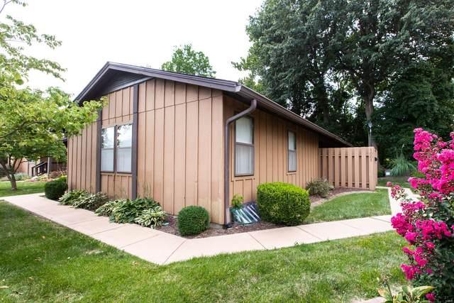 1001 Hamtpon Court, Belleville, IL 62223 (#21060314) :: Hartmann Realtors Inc.