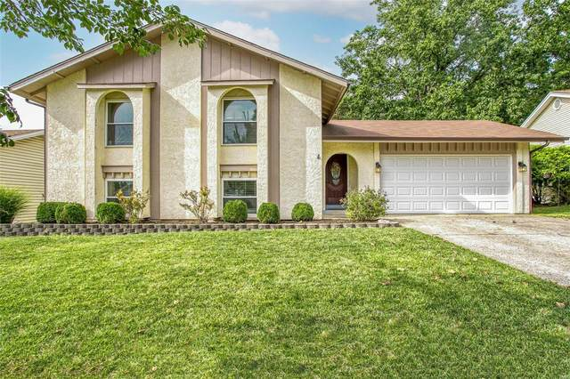 2460 Country Wood Drive, Maryland Heights, MO 63043 (#21060513) :: St. Louis Finest Homes Realty Group