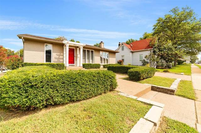 834 Madison Street, Saint Charles, MO 63301 (#21060536) :: Matt Smith Real Estate Group