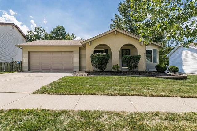 2409 Country Place Drive, Maryland Heights, MO 63043 (#21060635) :: St. Louis Finest Homes Realty Group
