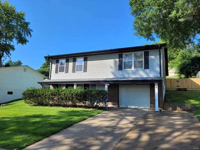 2573 Wesglen Estates, Maryland Heights, MO 63043 (#21060637) :: St. Louis Finest Homes Realty Group