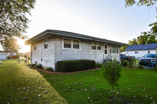 700 Springfield Street, GILLESPIE, IL 62033 (#21061681) :: Clarity Street Realty