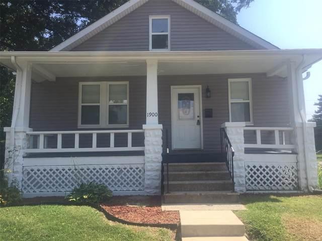 1900 E Belle Avenue, Belleville, IL 62221 (#21062352) :: Parson Realty Group