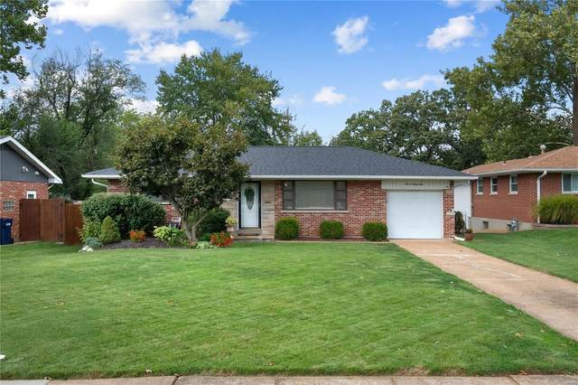 731 Dallwood Drive, St Louis, MO 63126 (#21064209) :: Clarity Street Realty