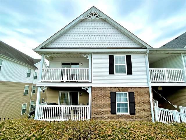 933 Saravalle Drive, Saint Peters, MO 63376 (#21064282) :: Jenna Davis Homes LLC