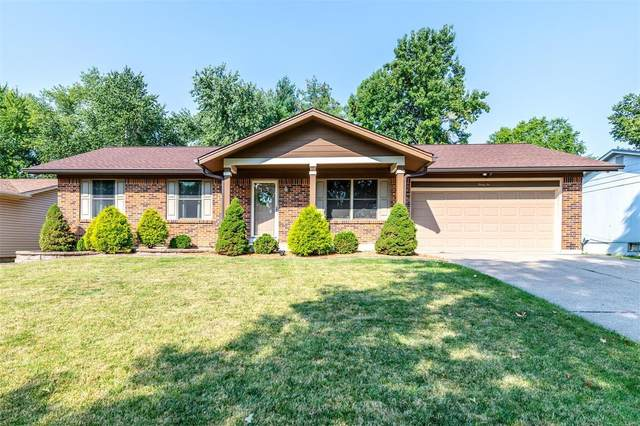 32 Crescent Hills, Saint Peters, MO 63376 (#21064797) :: Jenna Davis Homes LLC