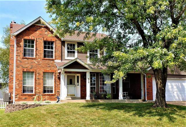 813 Ridgetop Circle, Saint Charles, MO 63304 (#21064913) :: Jeremy Schneider Real Estate