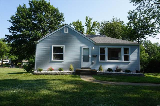 7751 Mallard Drive, St Louis, MO 63133 (#21065315) :: Parson Realty Group