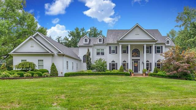 12304 Coppersmith Court, Town and Country, MO 63131 (#21065579) :: St. Louis Finest Homes Realty Group