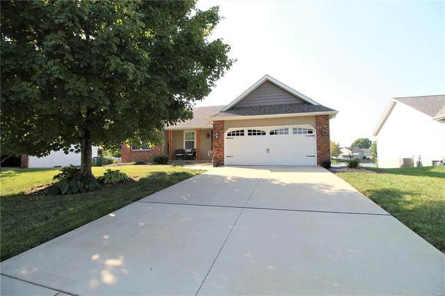 34 Cedarbrooke, Troy, IL 62294 (#21065621) :: Hartmann Realtors Inc.