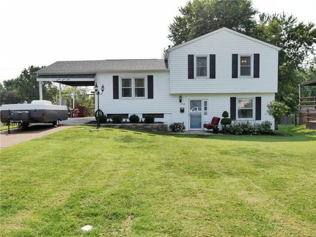 2340 Oakwood Manor Drive, Florissant, MO 63031 (#21065797) :: Jenna Davis Homes LLC