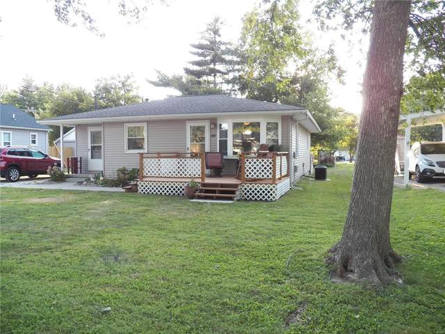 708 S Lafayette Street, Jerseyville, IL 62052 (#21065959) :: Matt Smith Real Estate Group