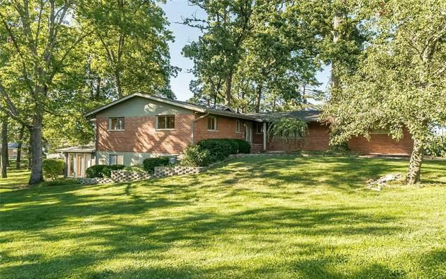 9001 Sappington Road, St Louis, MO 63126 (#21065991) :: Friend Real Estate