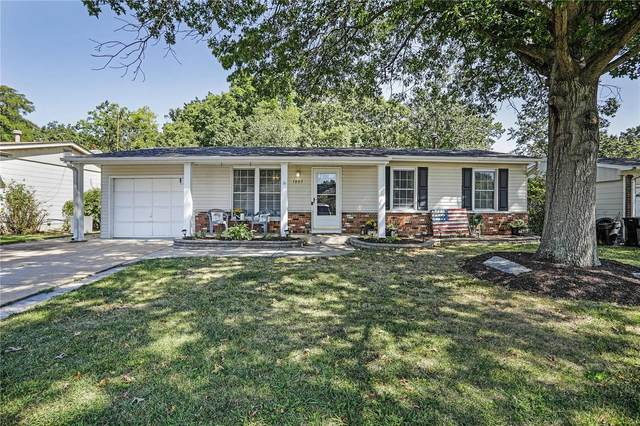 1805 San Luis Rey Parkway, Fenton, MO 63026 (#21066043) :: The Becky O'Neill Power Home Selling Team