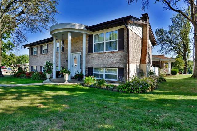 3270 Yorkchester Drive, St Louis, MO 63129 (#21066169) :: St. Louis Finest Homes Realty Group