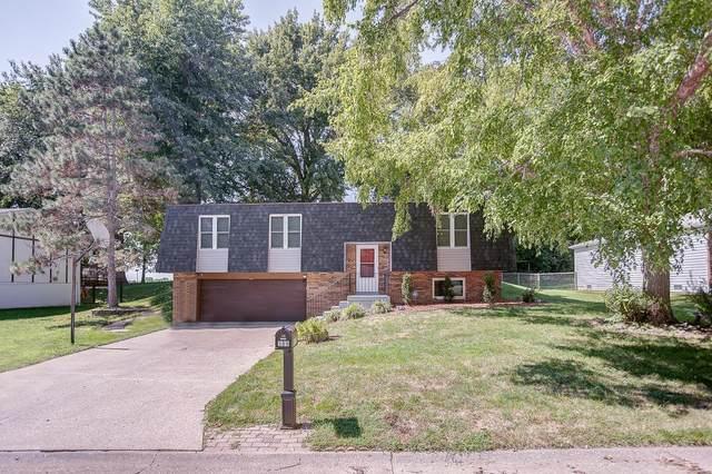 109 Las Olas, Belleville, IL 62221 (#21066251) :: Jenna Davis Homes LLC
